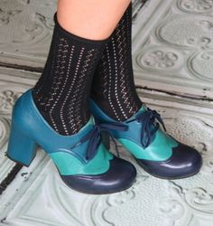 TAMERO :: SHOES :: CHIE MIHARA SHOP ONLINE  Chie is doing it again!  Check these new color blocked lace up oxford heels.  Color me in love!!!!