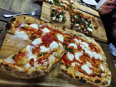 Breadsticklers: Ecco Pizzeria - Headingley, Leeds Yorkshire Food, Hyde Park, Cafe Bar, Leeds, Places To Eat, Vegetable Pizza, Nest, Good Food, Coffee Cozy