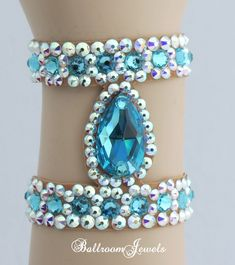 Ballroom Bracelet Light Turquoise pear design