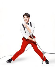 I'm not a fan of Darren Criss, but whoever told him to wear red pants with a white shirt, black suspenders and a bow tie is a genius. I could definitely see myself wearing this.