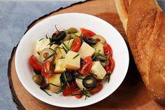 Grillmarinade für Fleisch - Rezept | GuteKueche.de Fruit Salad, Cantaloupe, Potato Salad, Food And Drink, Potatoes, Ethnic Recipes, Zucchini, Chef Recipes, Salads