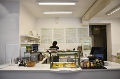 Köstlich | Stadtbekannt Wien | Das Wiener Online Magazin Vienna, Table, Furniture, Home Decor, Small Restaurants, Decoration Home, Room Decor, Tables, Home Furnishings