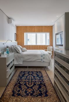 #bedroom #quarto #home #casa #white #tapete #branco #window #light