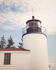 TITLE: Bass Harbor Lighthouse LOCATION: Maine I love lighthouses - there is something charming and mysterious about these old structures that seem to both belong to land and sea. ABOUT MY ART I'm a Bo