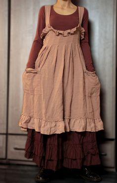 """Ma p'tite robe en lin rose """"Les Ours"""" sur mon jupon Louise.."""