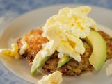 Trisha Yearwood makes a hearty breakfast for her friend, Glenda, in her cherished cast iron pan: Hash Browns with Cheesy Eggs and Avocado. Then, they go antiquing to buy Glenda her very own pan, and Trisha shows Glenda how to restore and care for it. To demonstrate how the pan can be used for both savory and sweet, Trisha prepares Country Ham Carbonara and Buttermilk Strawberry Skillet Cake with Whipped Cream and Sugared Pecans.