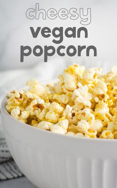 Stovetop popcorn makes for the perfect, cozy vegan snack! Nutritional yeast and vegan butter come to together to make a yummy cheesy flavor. via Karissa's Vegan Kitchen yeast recipes Healthy Vegan Snacks, Vegan Appetizers, Easy Snacks, Vegan Foods, Keto Snacks, Vegan Desserts, Healthy Eats, Appetizer Recipes, Nutritional Yeast Popcorn