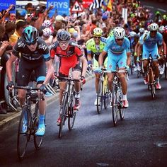 Froome attacks on Jenkin Rd