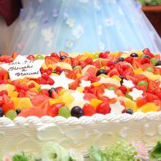 *ウエディングレポート* . #ウエディングケーキ . ☆☆☆ . #アンジュールハウス #ウエディングドレス #カクテルドレス #カラードレス #星 #星テーマ #カラフル #結婚式準備 #結婚式アイディア #披露宴演出 #熊本結婚式 #プレ花嫁 #ウエディングプランナー