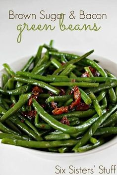 Get ready for your holiday meal with these easy Christmas dinner ideas. 30 Christmas dinner ideas sure to impress. dinner menu ideas Brown Sugar and Bacon Green Beans Veggie Side Dishes, Vegetable Sides, Food Dishes, Side Dishes Green Beans, Easter Side Dishes, Beans Vegetable, Cooking Dishes, Food Food, Easy Christmas Dinner