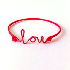 DIY Wire Name Bracelet. Tips on how you can make your own!
