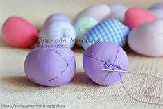 Funny Easter Bunny Eggs – a free tutorial on the topic: Toys ✓DIY ✓Steps-By-Step ✓With photos Funny Easter Bunny, Easter Bunny Eggs, Diy Projects Easter, Easter Crafts, Crafts To Sell, Diy And Crafts, Easter Garland, Easter Crochet Patterns, Diy Ostern