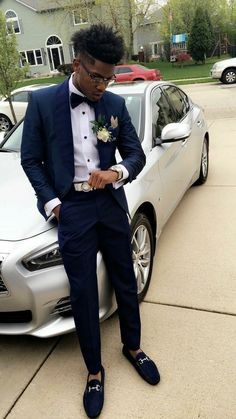 Classy outfits🤘🏽💯 boys prom suits, prom outfits for guys, prom clothes Grad Suits, Homecoming Outfits For Guys, Prom For Guys, Prom Suits For Men, Mens Suits, Navy Suits, Homecoming Suits, Navy Prom Suit, Prom Guy