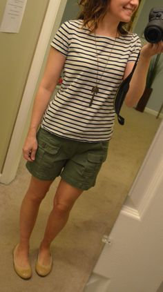 February Stitch Fix Box, Summer Outfits, this kut from the kloth elliott cargo shorts may work. Green Shorts Outfit, Summer Shorts Outfits, Short Outfits, Casual Outfits, Cute Outfits, Classy Outfits, Summer Clothes, Olive Green Shorts, Stitch Fix Outfits