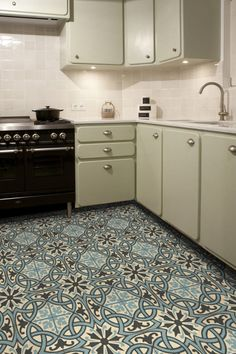 Ciment 1900 on pinterest cement tiles tile and old libraries - Like a color carrelage ...