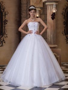 White Ball Gown Strapless Satin and Tulle Embroidery Quinceanera Dresses