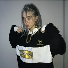 Everybody knows you and i are suicidal stolen art pretty mama sews stitches into all your bitches broken hearts -bitches broken hearts (billie eilish) Billie Eilish, Guy, Grunge, Non Fiction, Fiction Books, Hypebeast, My Girl, Streetwear, Beautiful People