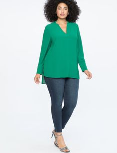 View our Easy V Neck Tunic and shop our selection of designer women's plus size Tops, clothing and fashionable accessories. Designer Plus Size Clothing, Plus Size Designers, Girls Fall Outfits, Curvy Outfits, Plus Size Casual, Plus Size Tops, Plus Size Fashion For Women, Plus Size Women, Plus Size Dresses