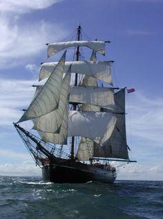 """Zebu"" brigantine circumnavigated the world and had home port of Liverpool."
