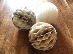 簡単♪100均半紙をベースにオシャレでナチュラルなハニカムボールの作り方♪|LIMIA (リミア)