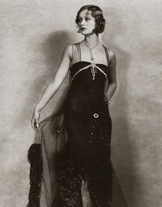 Dolores Costello, silent film star and grandmother to Drew Barrymore 20s Fashion, Fashion History, Art Deco Fashion, Vintage Fashion, Style Année 20, Looks Style, Louise Brooks, Rock Chic, Vintage Hollywood