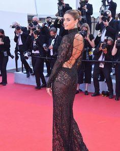 Isabelle Adjani, Taylor Hill Instagram, Costume Rose, Dior Gown, Star Francaise, Spanish Actress, Palais Des Festivals, Column Dress
