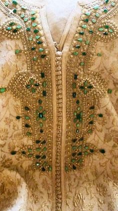 Moroccan Wedding, Moroccan Style, Kaftan Moroccan, Flamenco Costume, Shadi Dresses, Elie Saab Couture, Embroidery Motifs, Armani Prive, Designer Gowns
