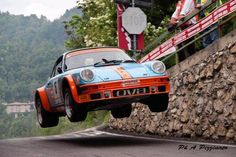 Fly the friendly roads.  Porsche 911 at the 2012 Rally Cremona