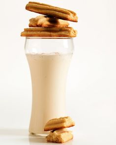 Malt powder enriches these cookies with a creamy caramel and vanilla flavor that calls to mind a malted milk shake at an old-time soda fountain.