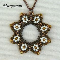 Made by beadweaving seed beads. Seed Bead Necklace, Seed Bead Jewelry, Bead Jewellery, Bead Earrings, Pendant Jewelry, Beaded Necklace, Beaded Bracelets, Seed Beads, Flower Necklace
