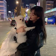 Find images and videos about kpop girls, gidle icons and gidle soojin on We Heart It - the app to get lost in what you love. Ig Girls, I Love Girls, Kpop Girls, Cool Girl, Kpop Outfits, Edgy Outfits, Soo Jin, Ulzzang Korean Girl, Soyeon