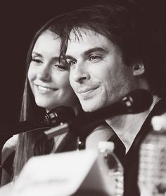 Nina & Ian at a press conference where Ian's foundation met up and they announced their marriage. Bonnie And Jeremy, Damon And Bonnie, Vampire Diaries Damon, Vampire Diaries The Originals, Ian E Nina, Elena Damon, Stefan And Caroline, Perfect Together, Himym