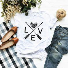 Diy Valentine's Shirts, Vinyl Shirts, T Shirt Diy, Tee Shirts, Womens Valentine Shirts, Valentines Day Shirts, Valentines For Kids, Valentine Ideas, Funny Valentine