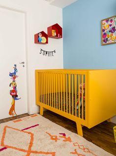 Esse quartinho com @amomooui é simplesmente lindo. A dona Sophie e sua mãe Karine Vilas Boas estão curtindo o ambiente com roupa de cama floral e geométrica, além de muitas almofadinhas que ajudam a destacar o amarelo nos móveis. Um ambiente cheio de vida como esse merece uma roupa de cama divertida, confortável e colorida, não é mesmo? #quartodemenina #kidsroom #glamourbrasil #decor #colorful #yellow #arch #inspiration