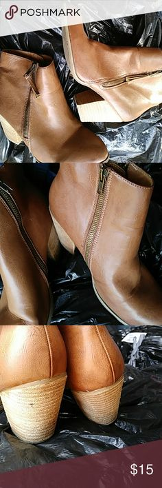 Brown Leather Ankle Chunky Healed Zip Boots Worn maybe once can't remember but the tags still on the bottom so it couldn't have been more than once. These double sided zip up chunky short heeled ankle light brown leather boots are in pristine condition! Need a loving home... Forever 21 Shoes Ankle Boots & Booties