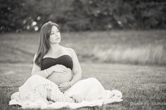 Sunrise Maternity Portraits   Maternity Photographer   Fishers, Indiana Waking up a sunrise for a maternity shoot offers some pretty beautiful lighting to match a beautiful mother-to-be. I was so very honored to be able to capture these photos of my sister and my future nephew last week Little Elijah David is scheduled to join …