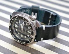 Heavy leather dark green watch strap by VladislavKostetskyi