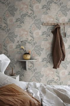 Modern Floral Wallpaper, Linen Wallpaper, Wallpaper Size, Striped Wallpaper, Perfect Wallpaper, Print Wallpaper, Flower Wallpaper, Pattern Wallpaper, Room Wallpaper