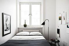 狭いベッドルーム2