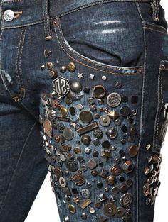 Diverse Jeans Decor from Embroidery, Painting and Lace – Livemaster Diy Jeans, Dsquared Jeans, Dsquared2, Estilo Jeans, Denim Art, Diy Vetement, Mode Jeans, Patchwork Jeans, Denim Ideas