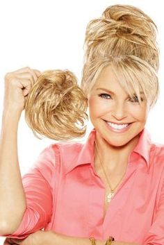 Take a look at this stylish hair piece by Christie Brinkley Wigs! The Natural Tone Hair Wrap features inch strands on an elastic band to add to your hair. Big Hair Updo, Messy Hair Look, Bad Hair, Jon Renau, Honey Blonde Hair, Hair Toppers, Christie Brinkley, Hair Regrowth, Wedding Hair Pieces