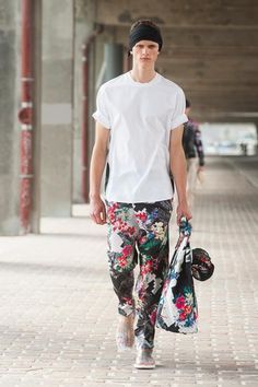 3.1 Phillip Lim Spring / Summer 2014 men's | I want these pants!