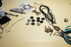 Elizabeth Hildreth's work table......making pendants!