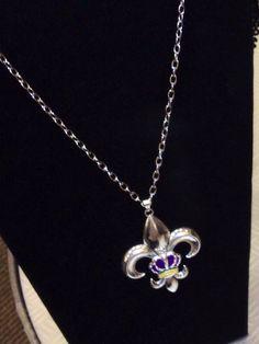 Fleur de lis necklace with crown