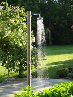 outdoor-shower-garden-shower-garden-design-garden-tips. Outdoor Bathrooms, Outdoor Baths, Outdoor Pool Shower, Outdoor Shower Fixtures, Outside Showers, Grey Water System, Garden Shower, Outdoor Material, Water Features