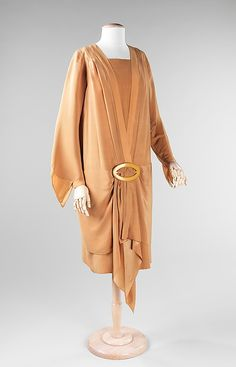 Metropolitan museum of art dress design house: callot soeurs (french, active designer: madame marie gerber (french) date: 1924 culture: french 30s Fashion, Fashion History, Art Deco Fashion, Vintage Fashion, Fashion Design, Fashion Ideas, Charles Frederick Worth, Vintage Dresses, Vintage Outfits