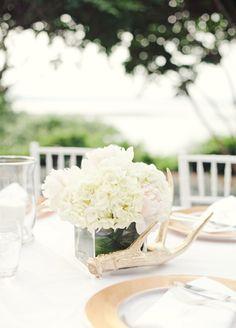 A Glam Outdoor Wedding in Villa Del Lago in Austin, TX