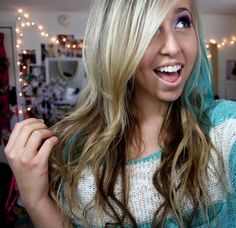 iheartmakeup92...love the teal strip! - Can I be her?