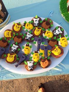 Safari cupcakes I made for a client