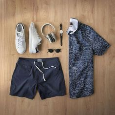 Gym shorts that double as swim trunks, Men's Apparel & Outfit Grid Casual Wear, Casual Outfits, Men Casual, Fashion Outfits, Fashion Tips, Men Fashion Show, Mens Fashion, Trends Magazine, Outfit Grid